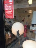 L'art dans les vitrines, Sceaux 2015 - boutique Lumière & Objet rue des écoles